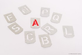 """Mal-Schablone ganzer Buchstabensatz A-Z + """"&"""""""